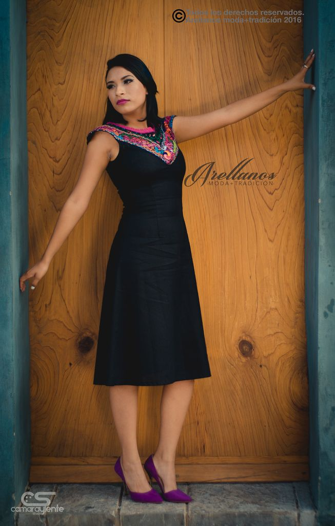 Valeria arellano 39 s folklor a la moda for Cose con la s
